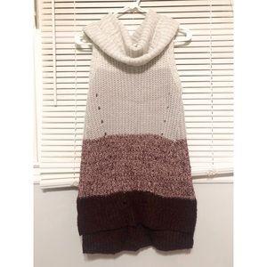 Sleeveless striped tunic sweater